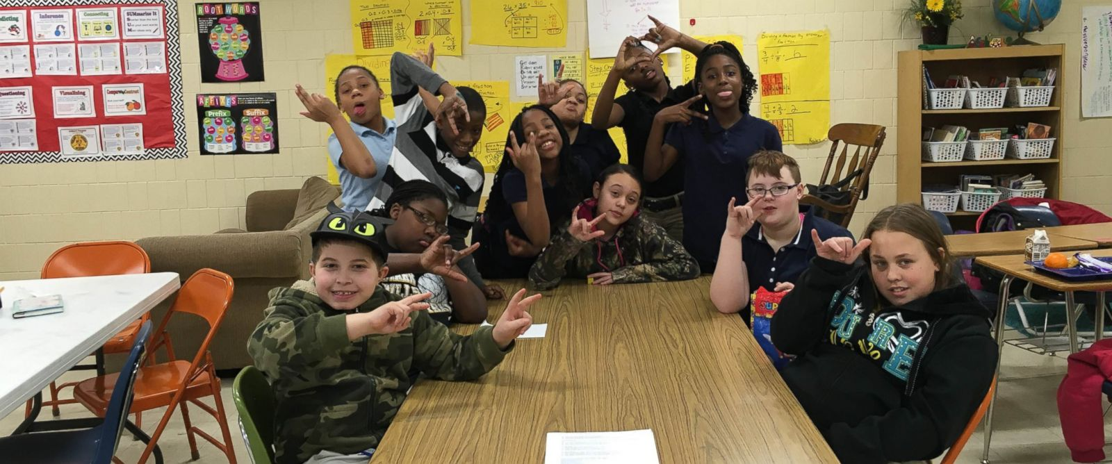 5th Grade Class Starts American Sign Language Club to ...