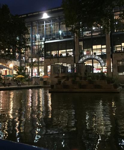 Riverwalk San Antonio Tx Hours