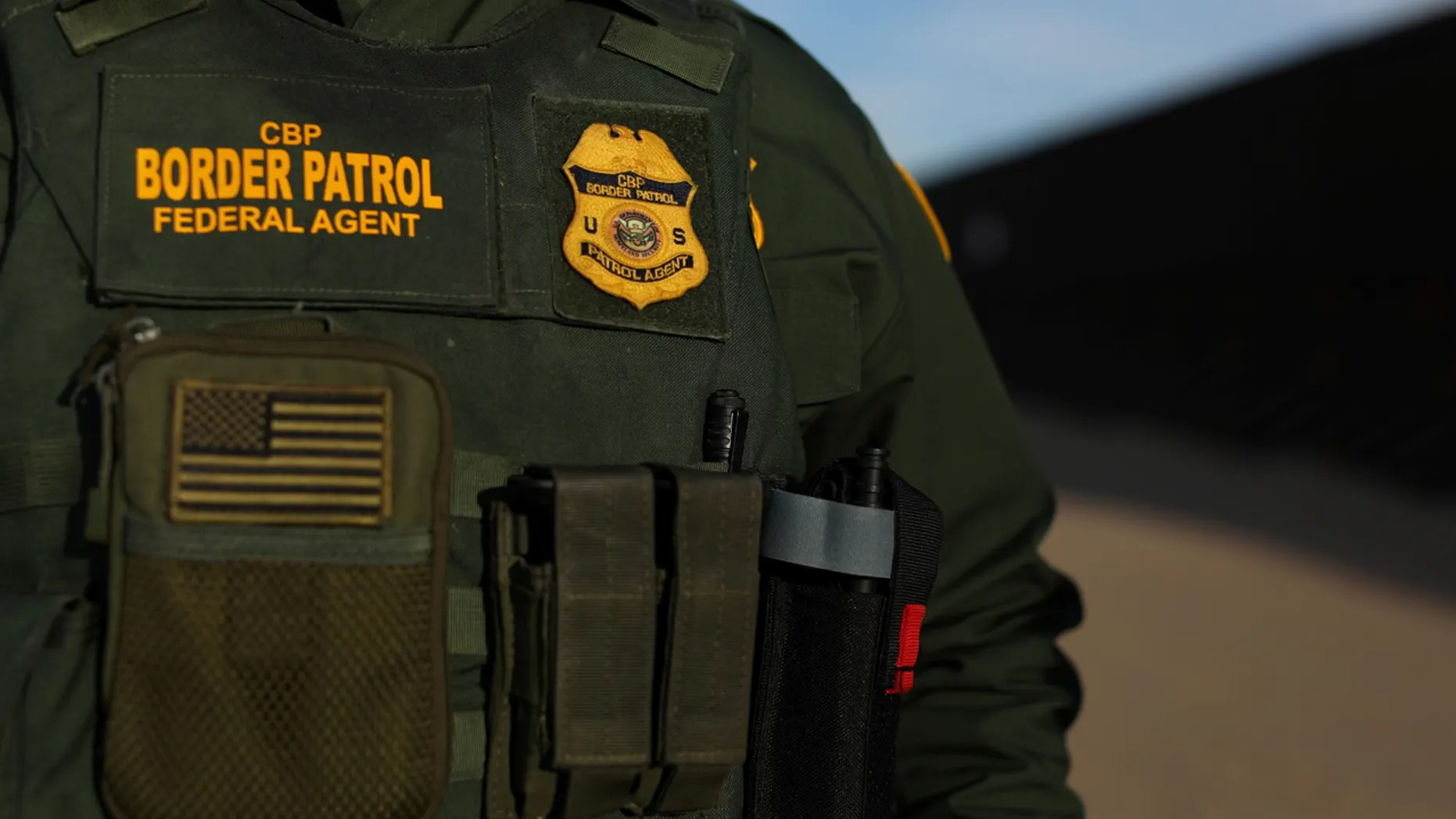 border patrol game - 992×558