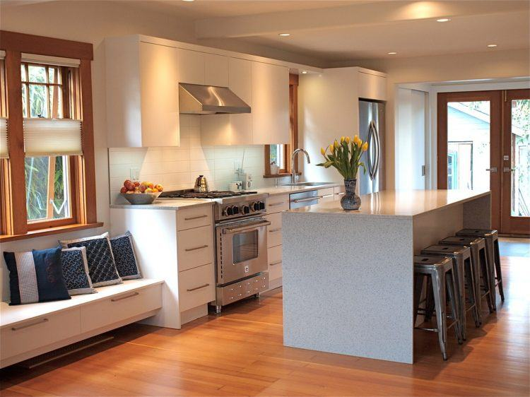20 Kitchens With Window Seat Designs