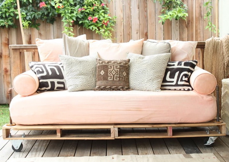 Daybed Bedding Ideas