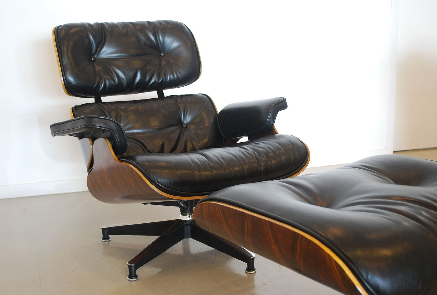 Eames Chair Replica Los Angeles