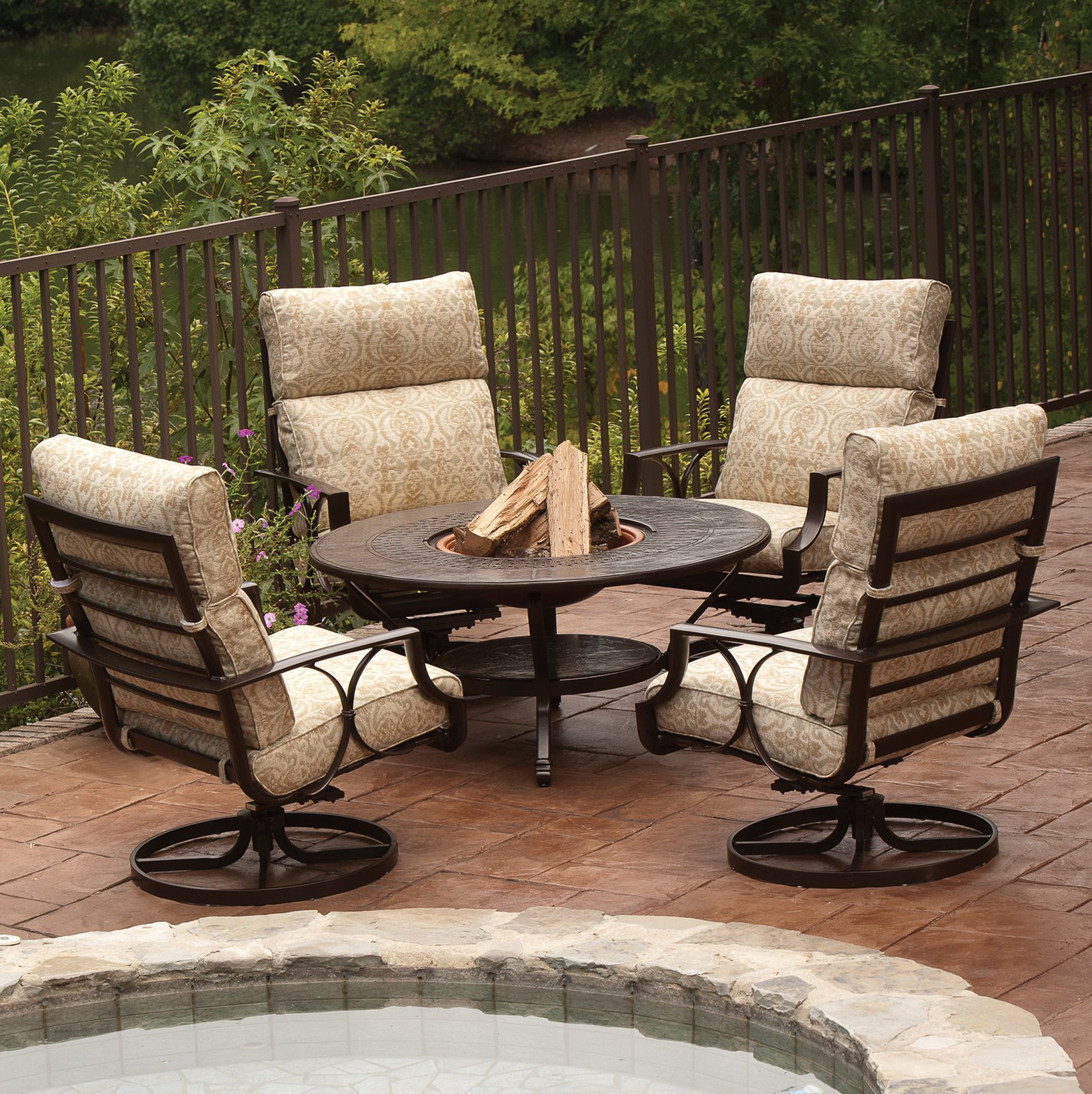 Patio Conversation Sets With Fire Pit