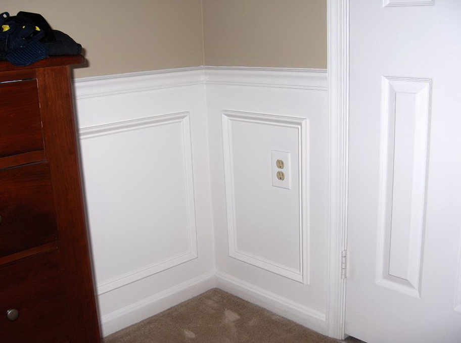 Chair Rail Molding In Bathroom