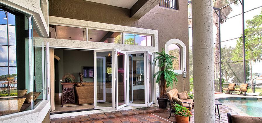 La Cantina Doors Installation