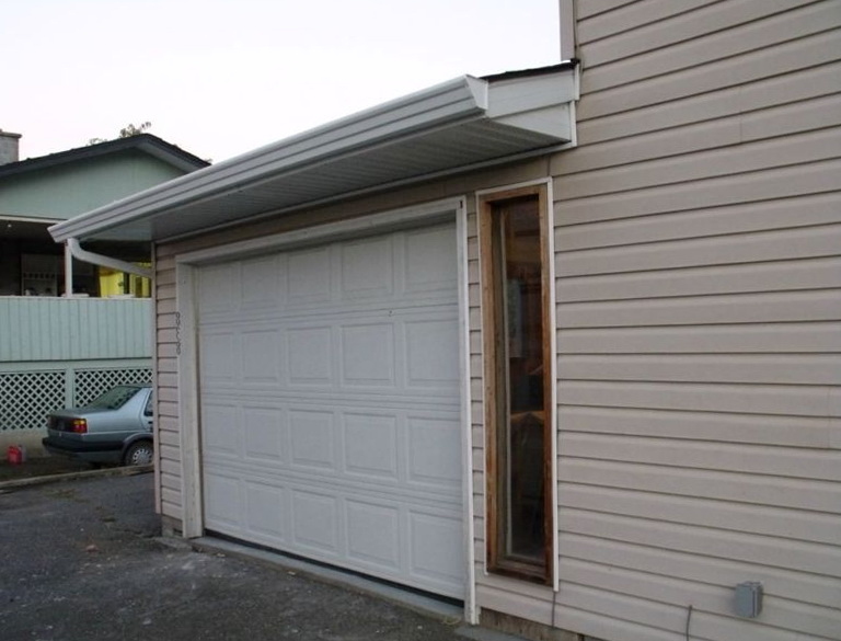 Roll Up Garage Doors With Windows