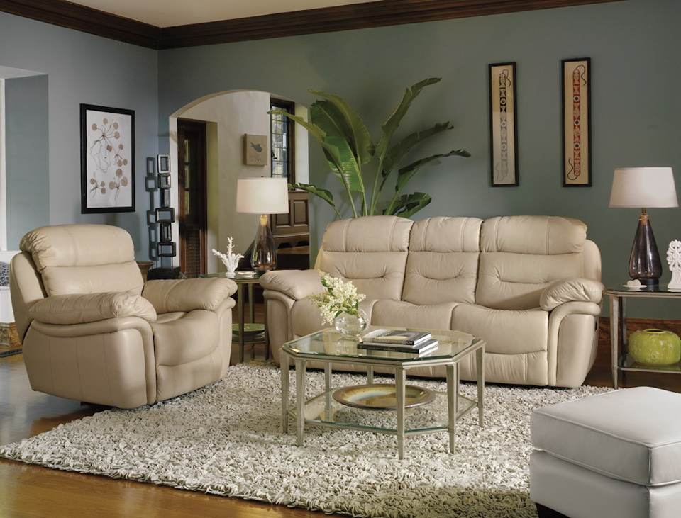 Flexsteel Leather Sofa Set