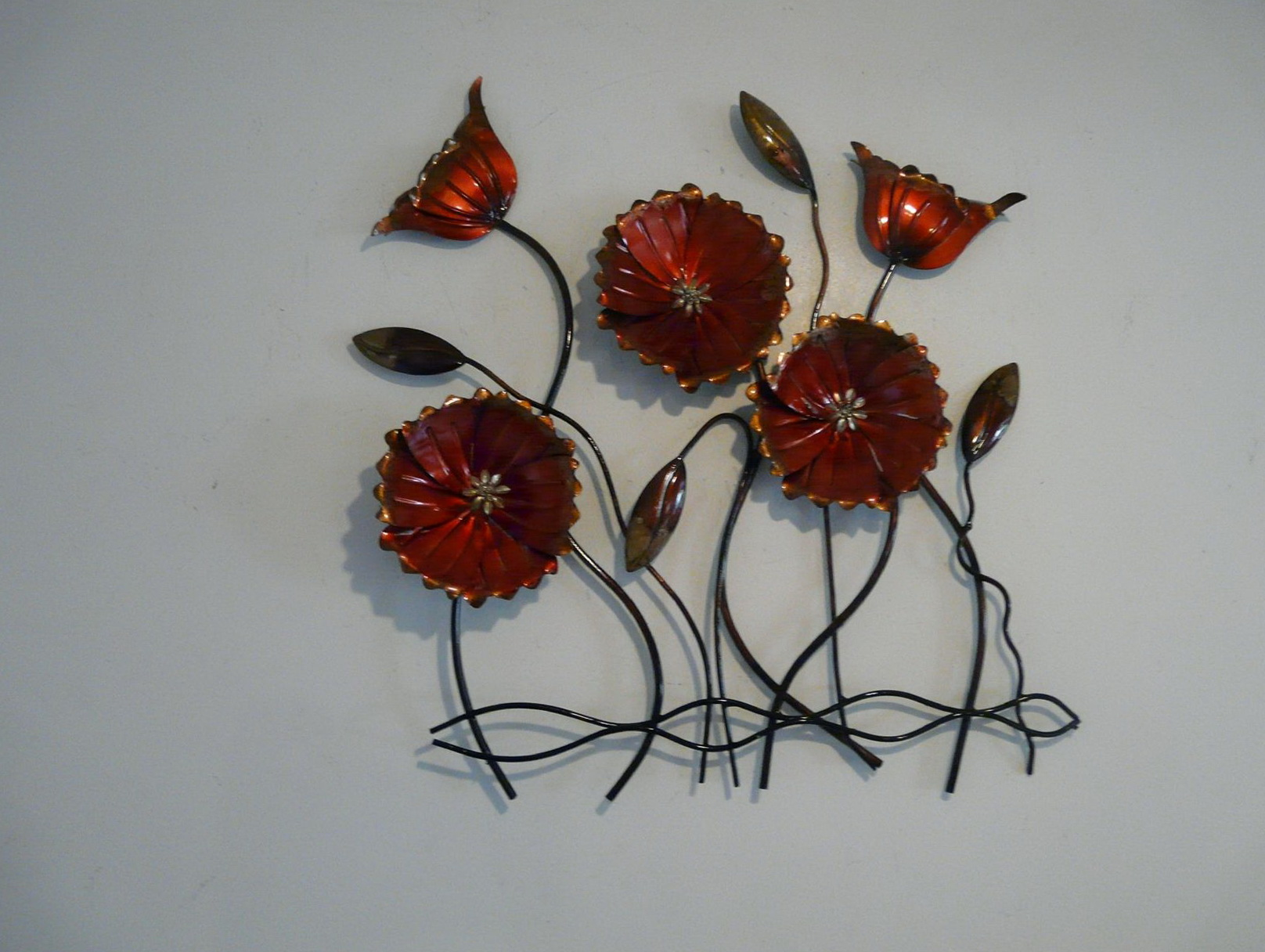 Red Metal Flower Wall Art