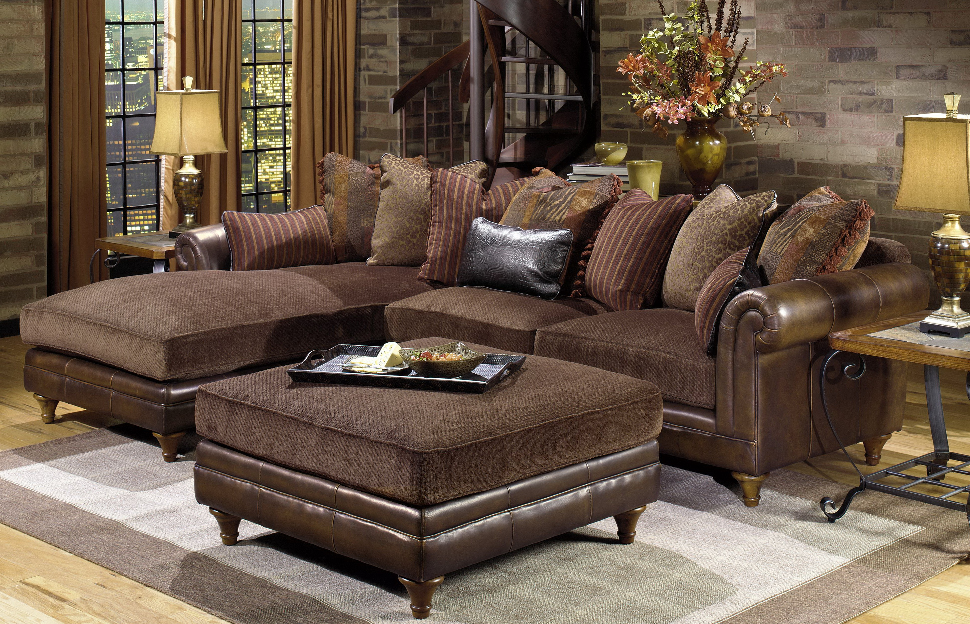 Traditional Sectional Sofas With Chaise