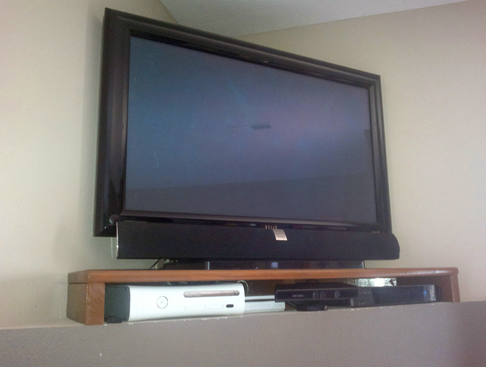 Corner Tv Wall Mount With Shelves