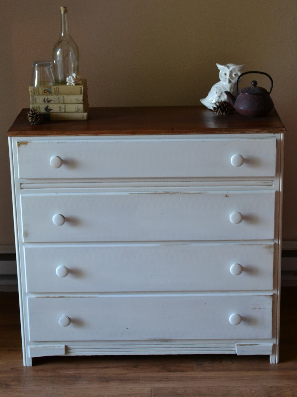 Small White Dressers For Sale