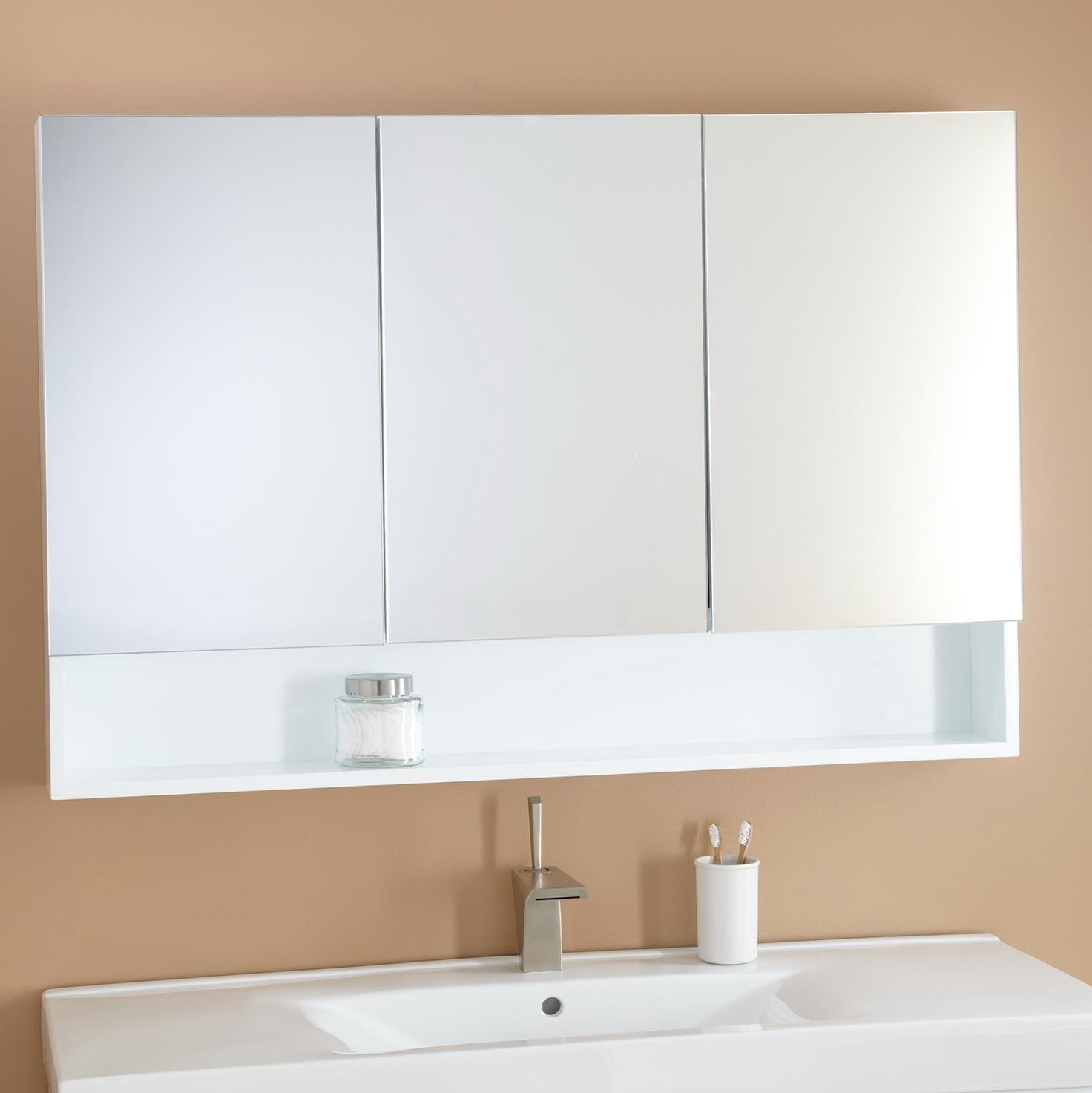 White Bathroom Medicine Cabinets
