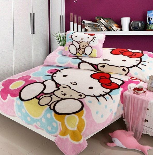 Hello Kitty Bed Set Full Size
