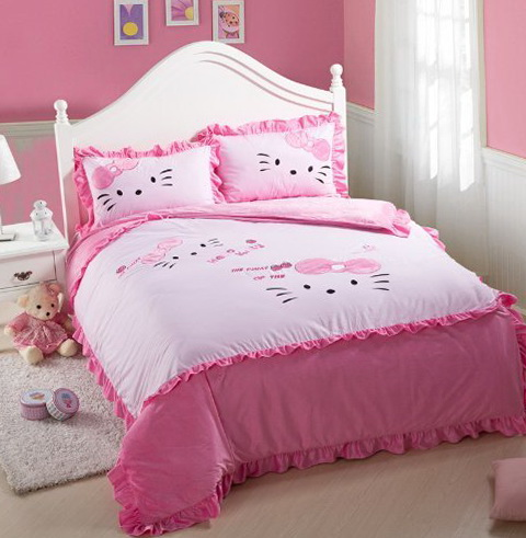 Hello Kitty Bed Set Queen Size