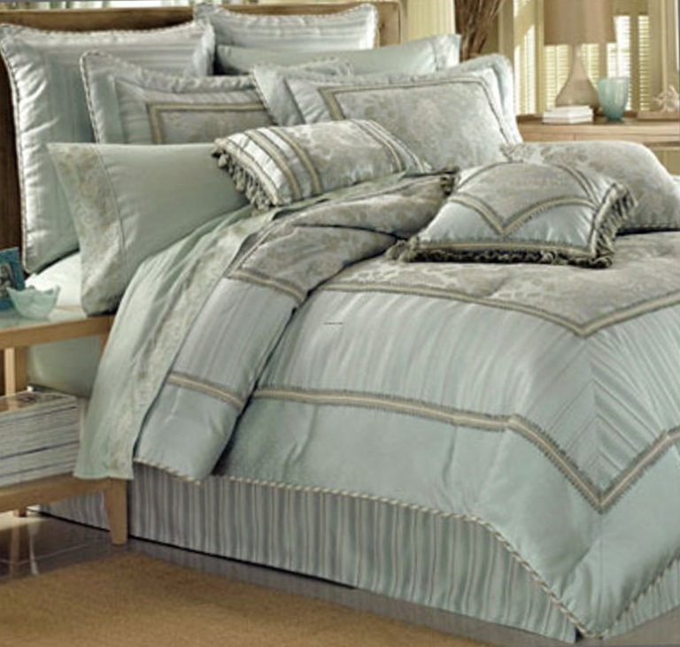 Luxury Dorm Room Bedding