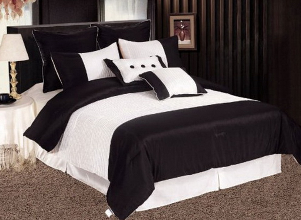 Modern Black And White Bedding Sets