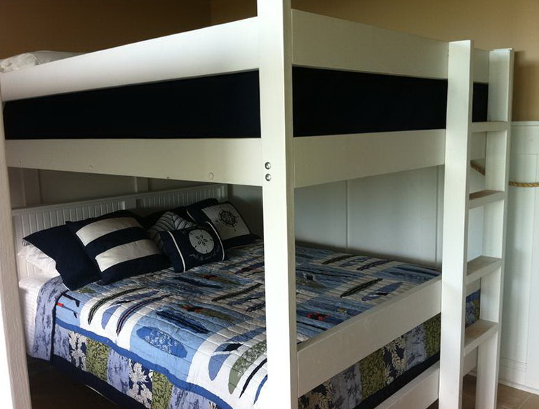 Queen Bunk Bed With Trundle
