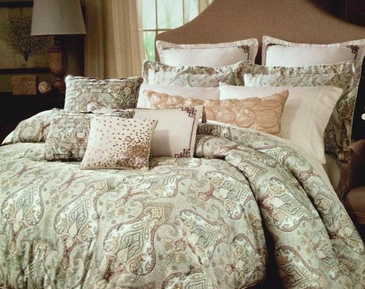 Raymond Waites Bedding Comforter