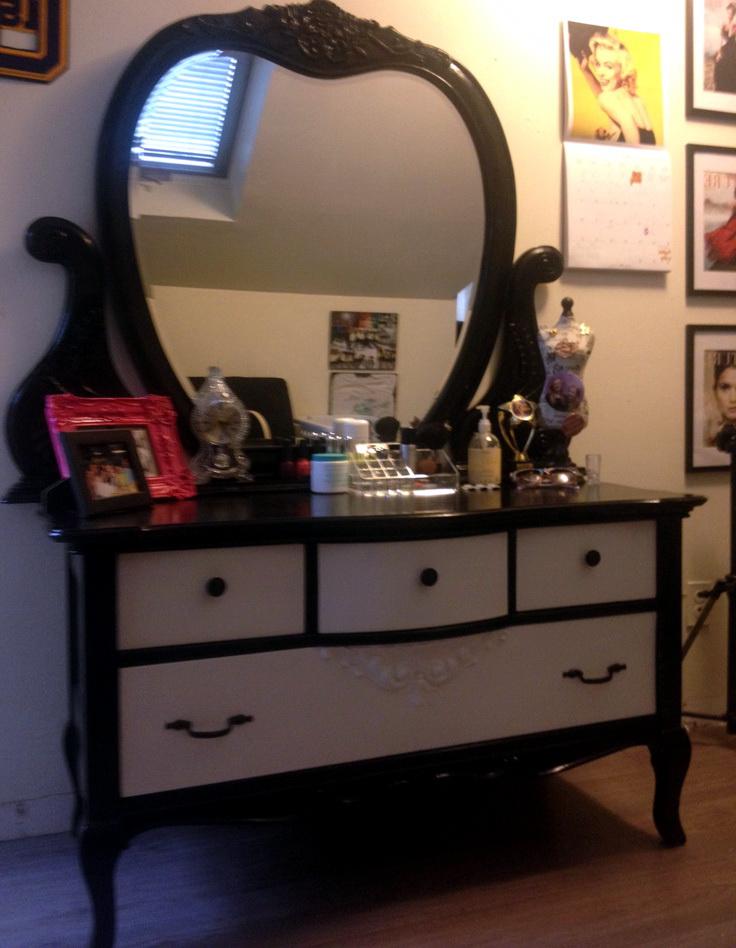 Vanities For Bedrooms With Mirror