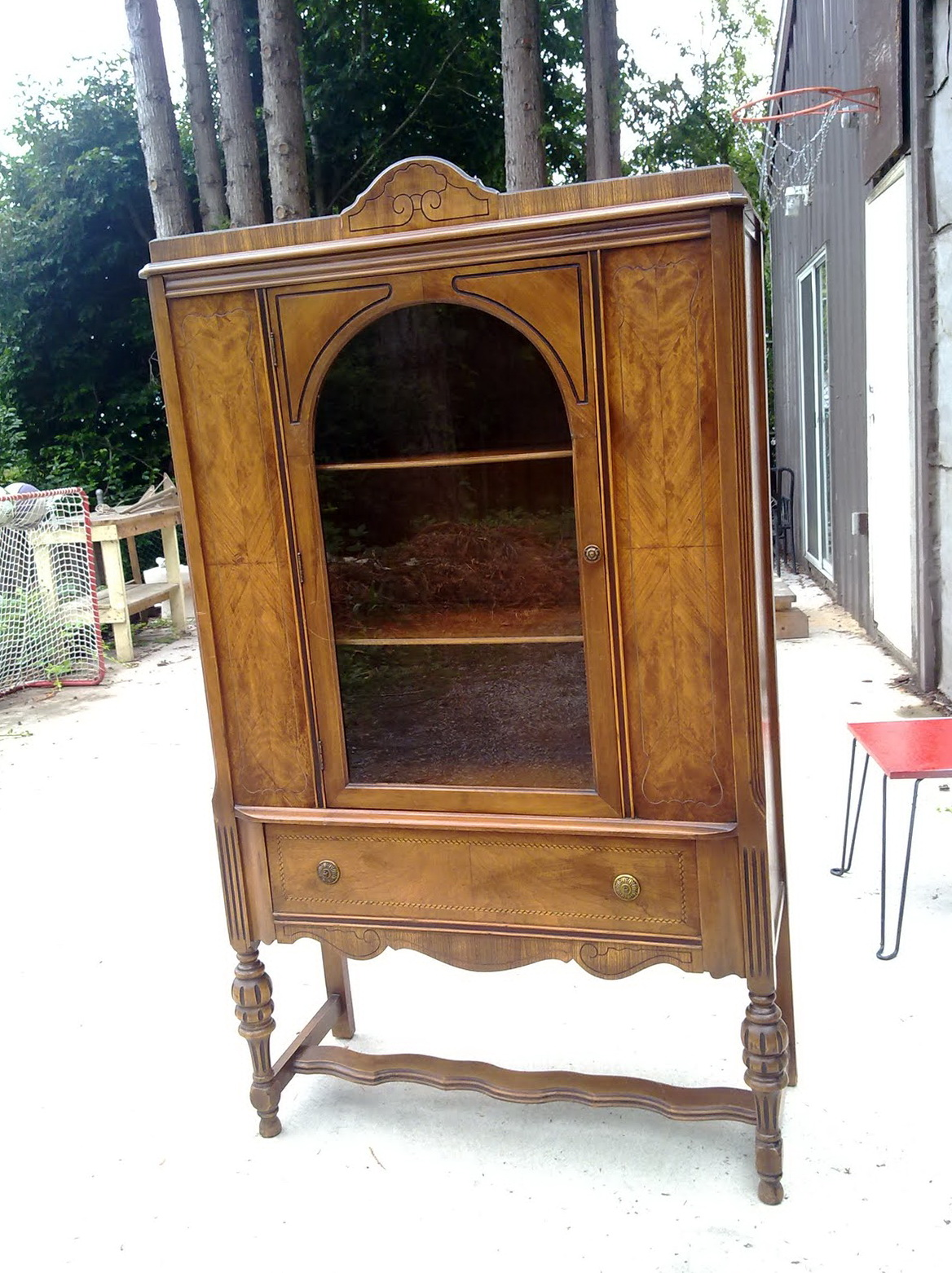 Antique China Cabinet Styles