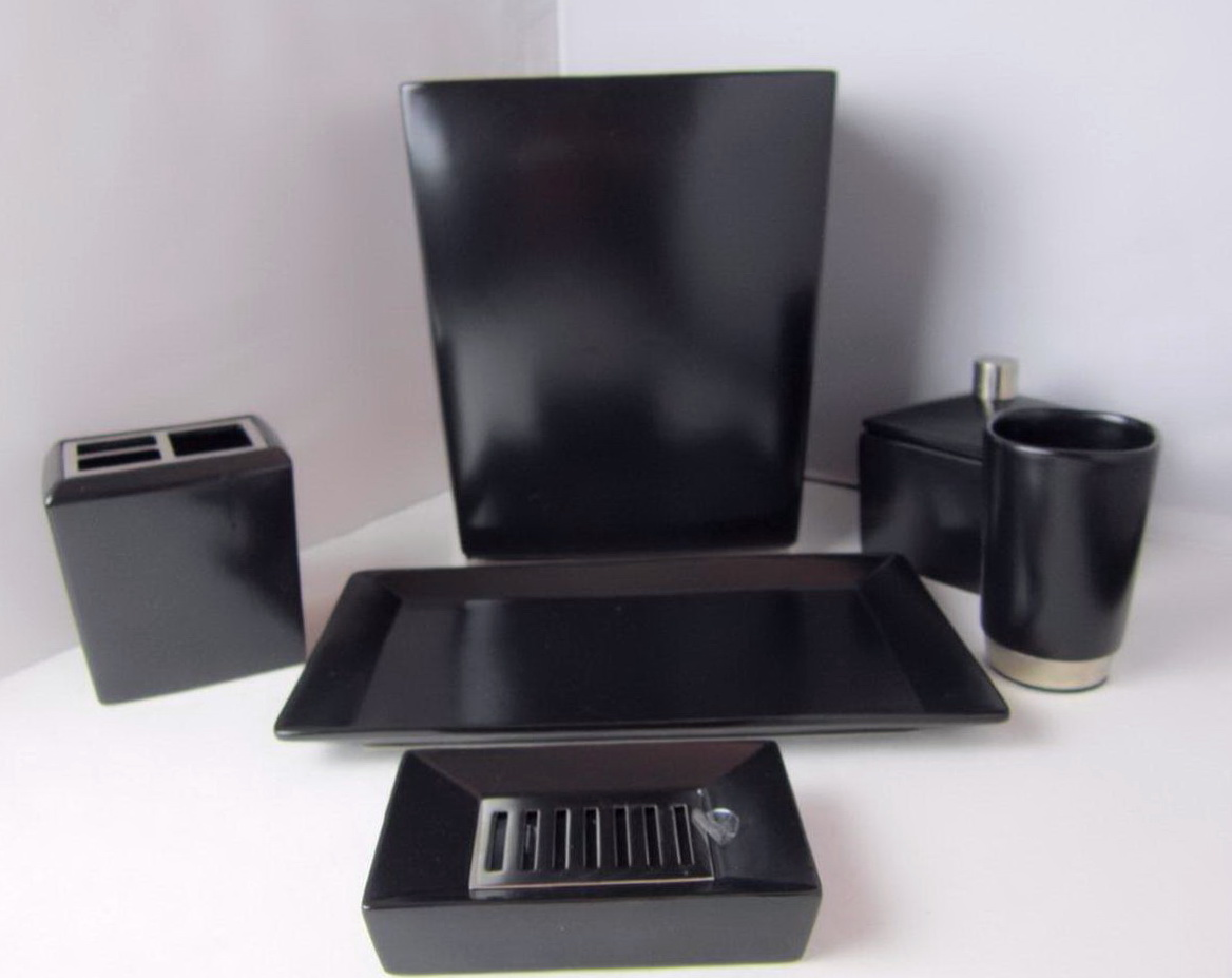 Bathroom Accessories Set Black