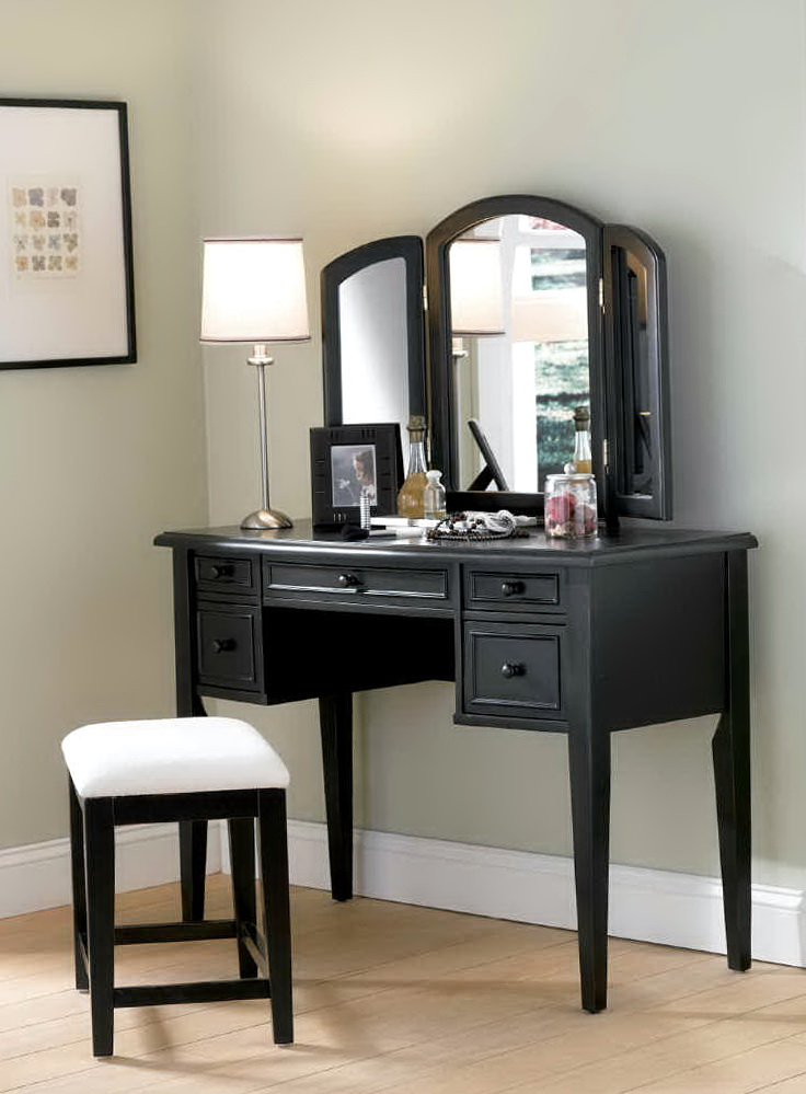 Black Bedroom Vanity Sets
