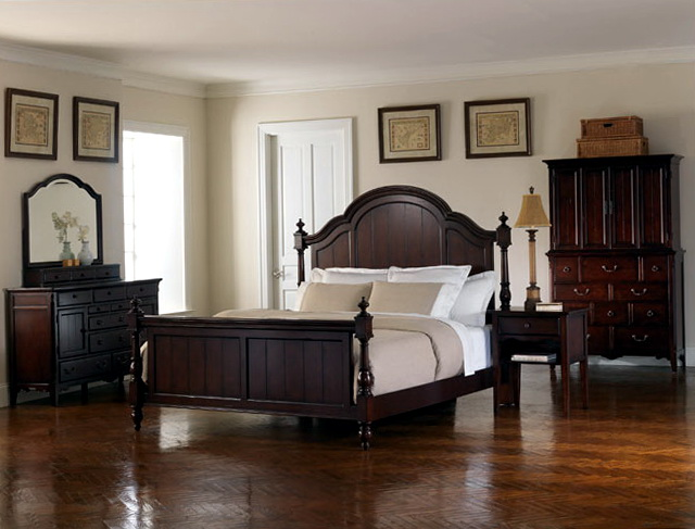 Broyhill Bedroom Furniture Attic Heirloom