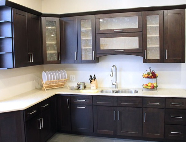 Contemporary Custom Kitchen Cabinets