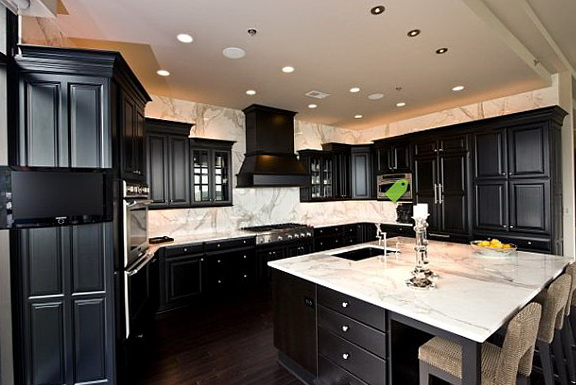Dark Kitchen Cabinets With Dark Hardwood Floors