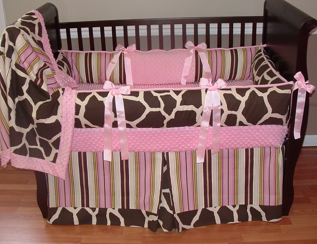 Giraffe Baby Bedding Crib Sets