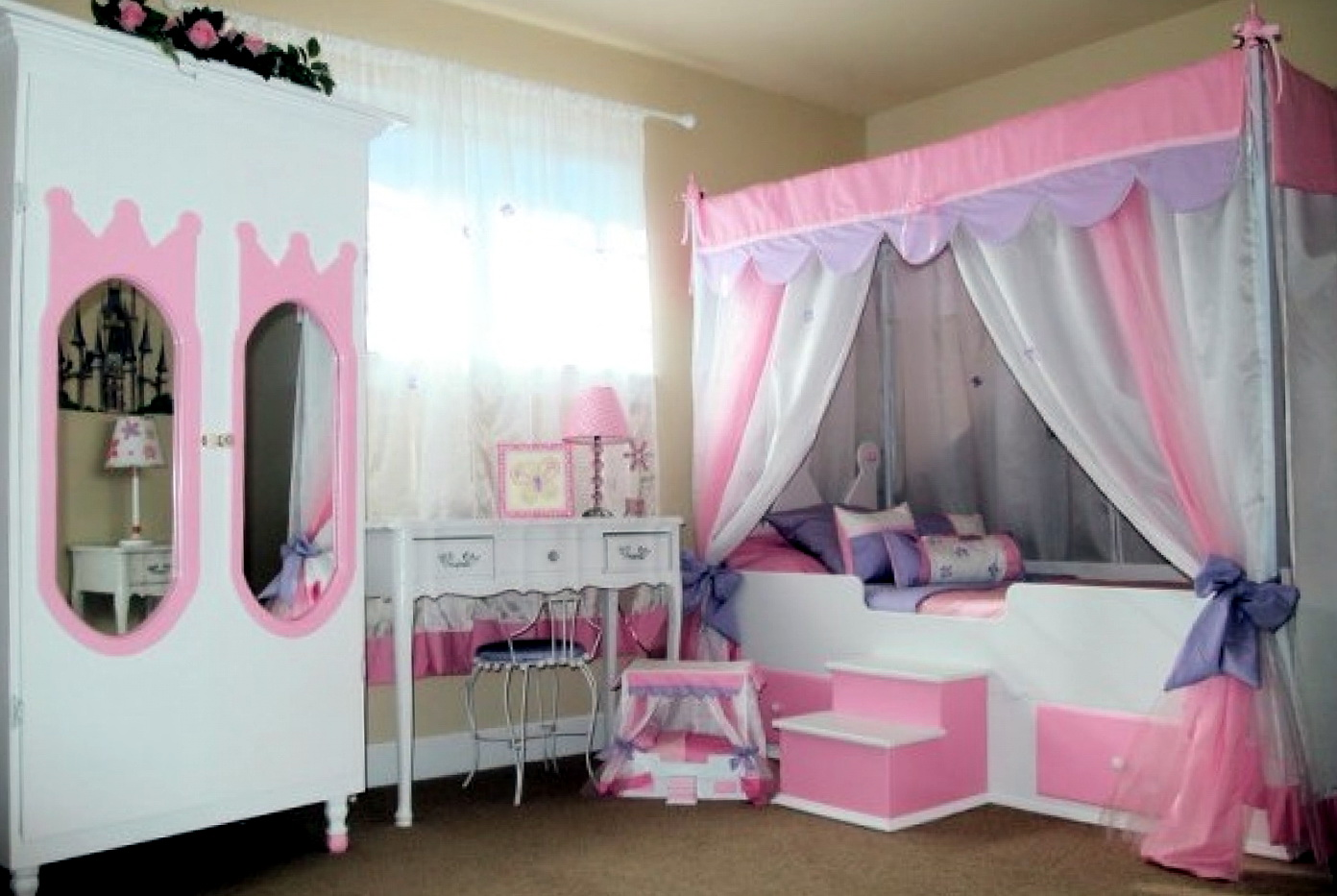 Girls Bedroom Furniture With Canopy