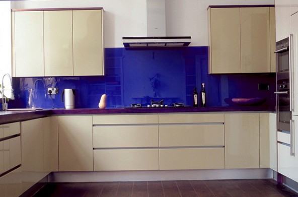 Glass Kitchen Backsplash Pictures