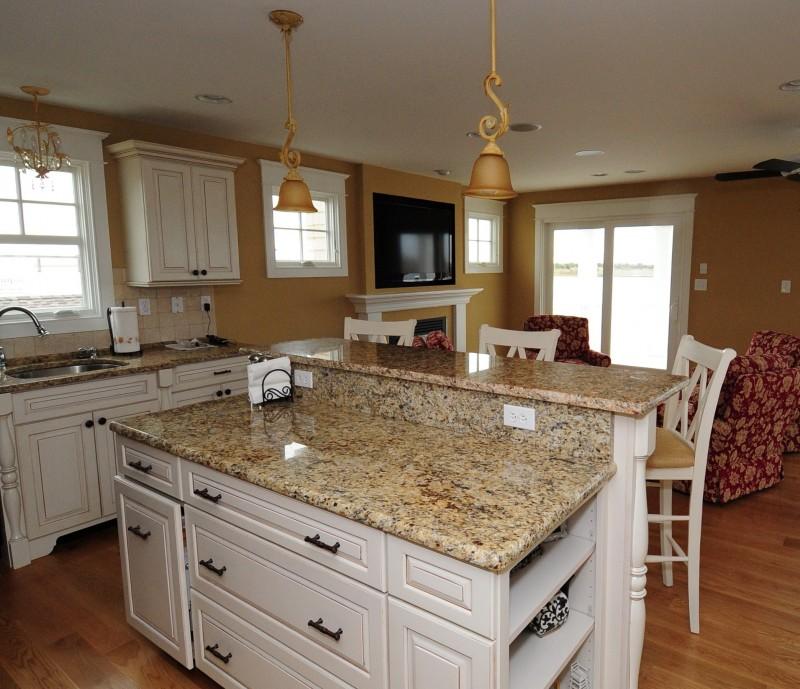 Granite Kitchen Countertops With White Cabinets