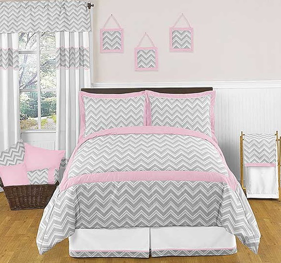 Grey Chevron Bedding Full