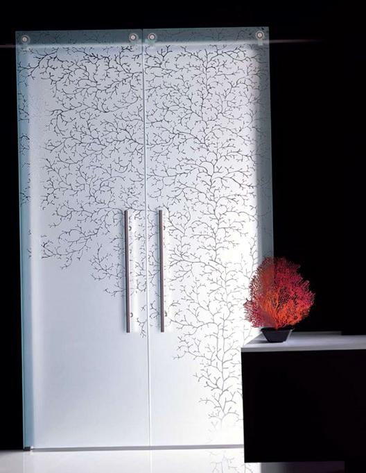 How To Decorate A Bedroom Door