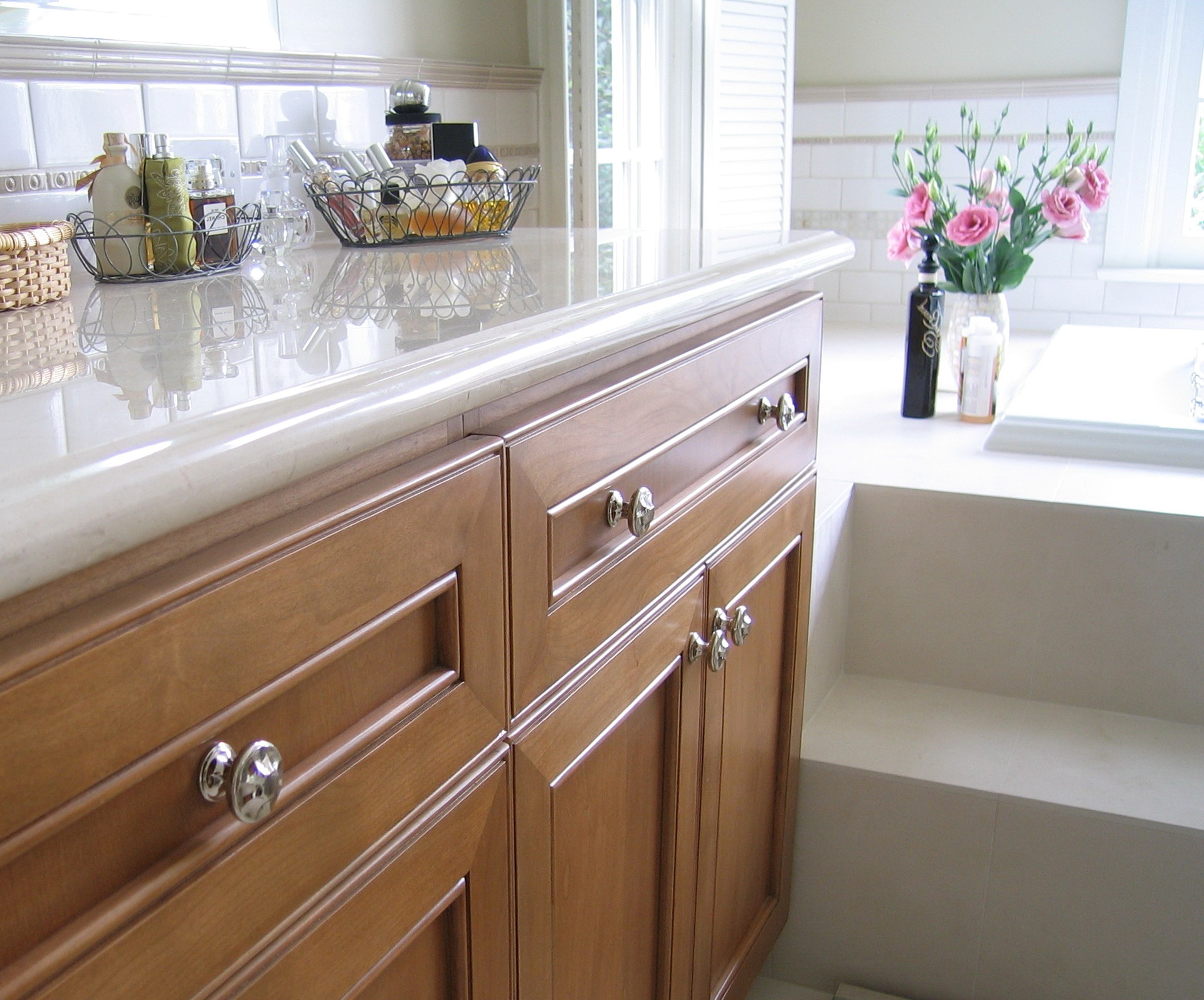 Kitchen Cabinet Handles Ideas
