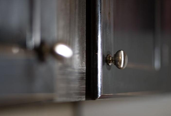 Kitchen Cabinet Knobs Placement