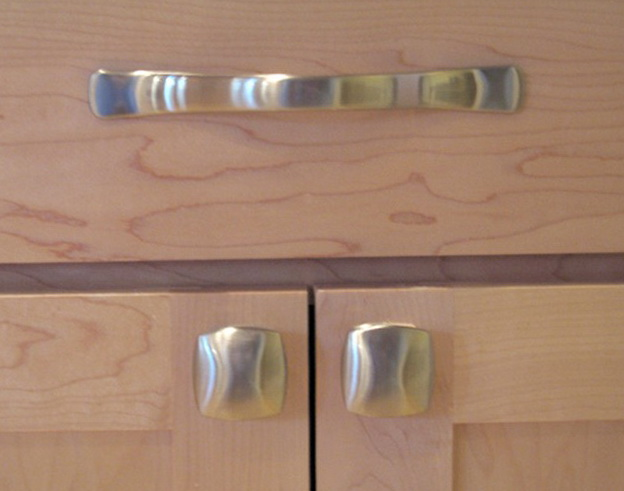 Kitchen Cabinet Pulls Or Knobs