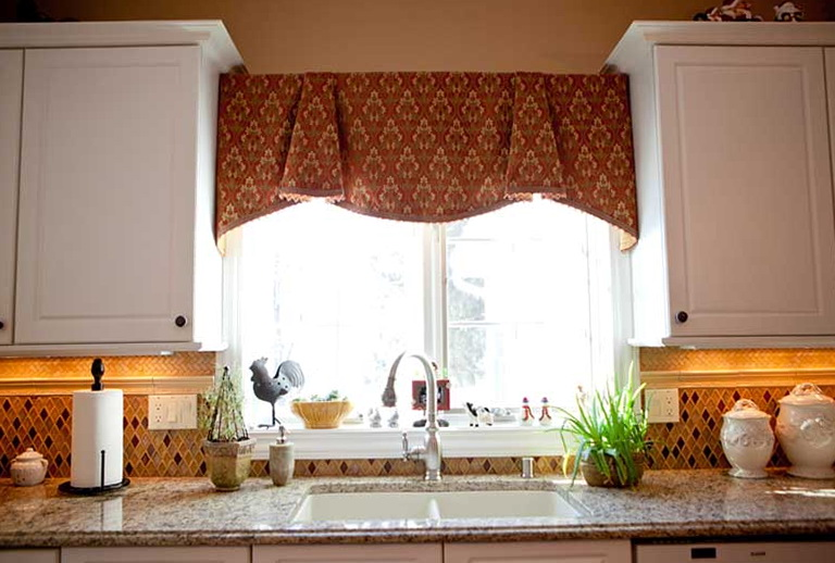 Kitchen Window Treatments Over Sink