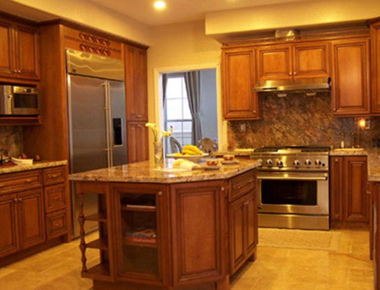 Maple Kitchen Cabinets Design Ideas