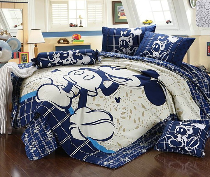 Mickey Mouse Queen Size Bedding Set