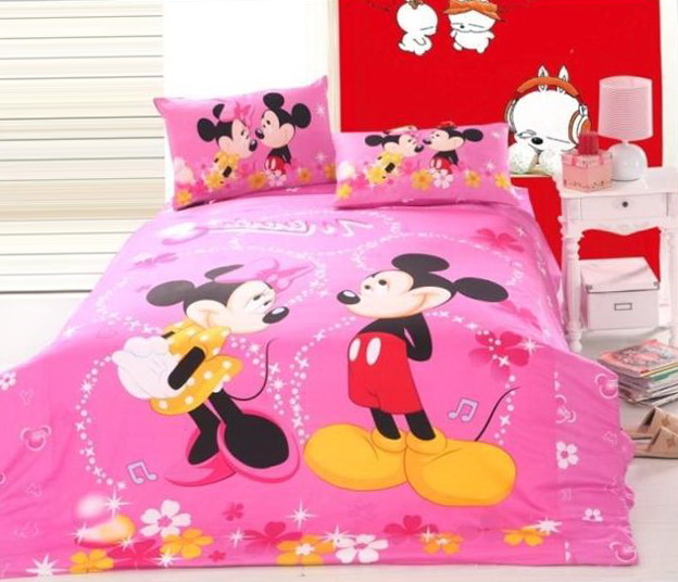 Minnie Mouse Full Size Bedding Set