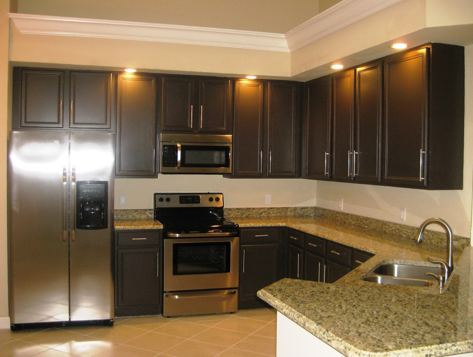 Paint Colors For Kitchen With Dark Cabinets