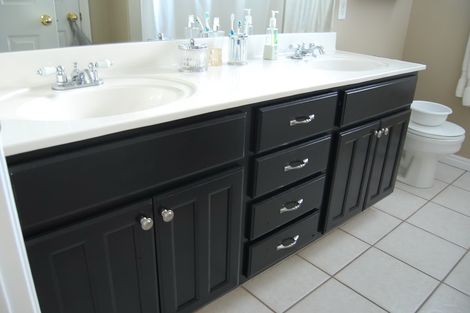 Painting Bathroom Cabinets Black