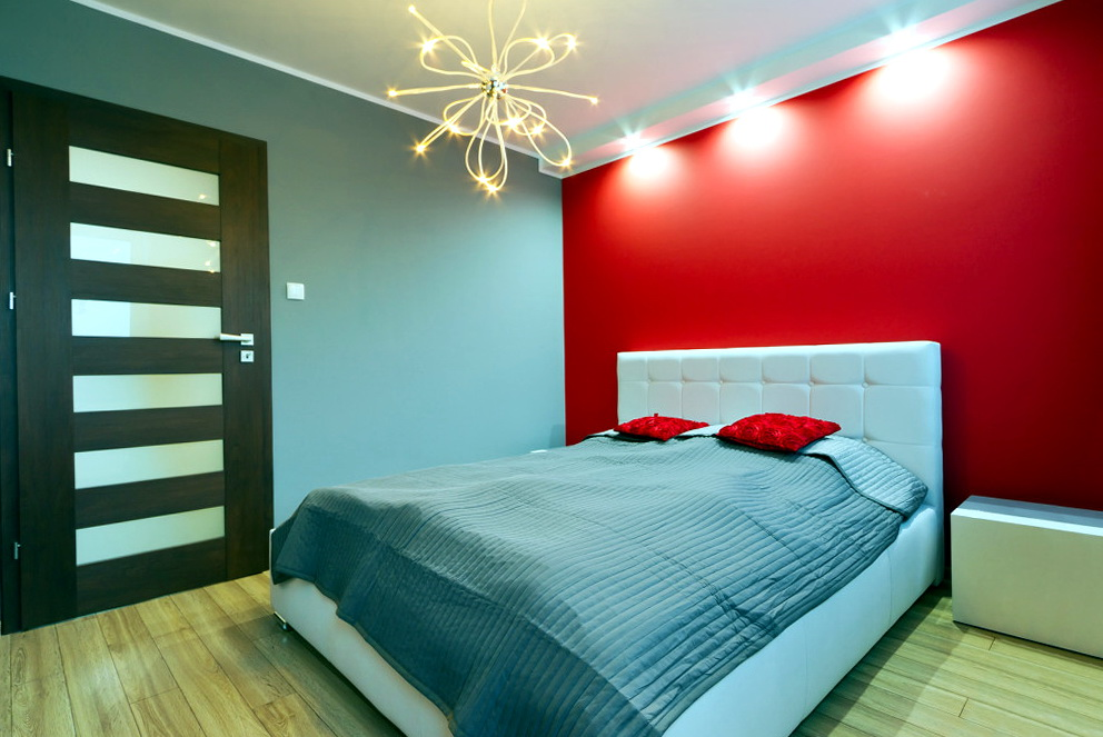 Red Bedroom Ideas For Couples