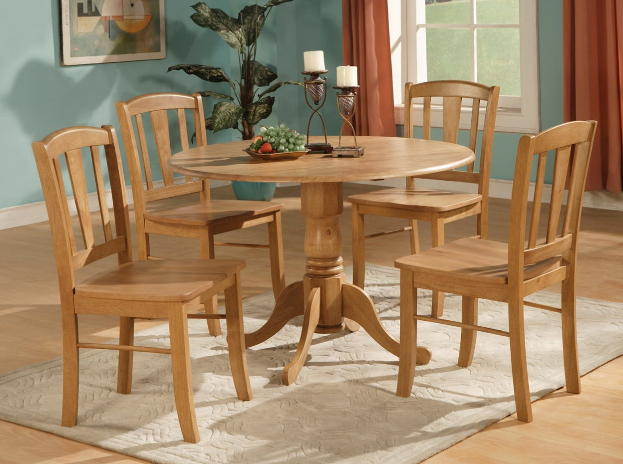 Round Kitchen Table Sets For 4