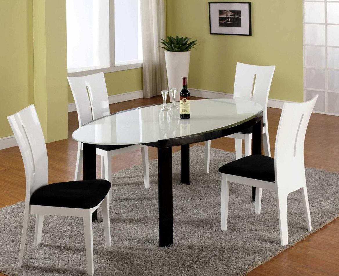 Round Kitchen Tables Canada