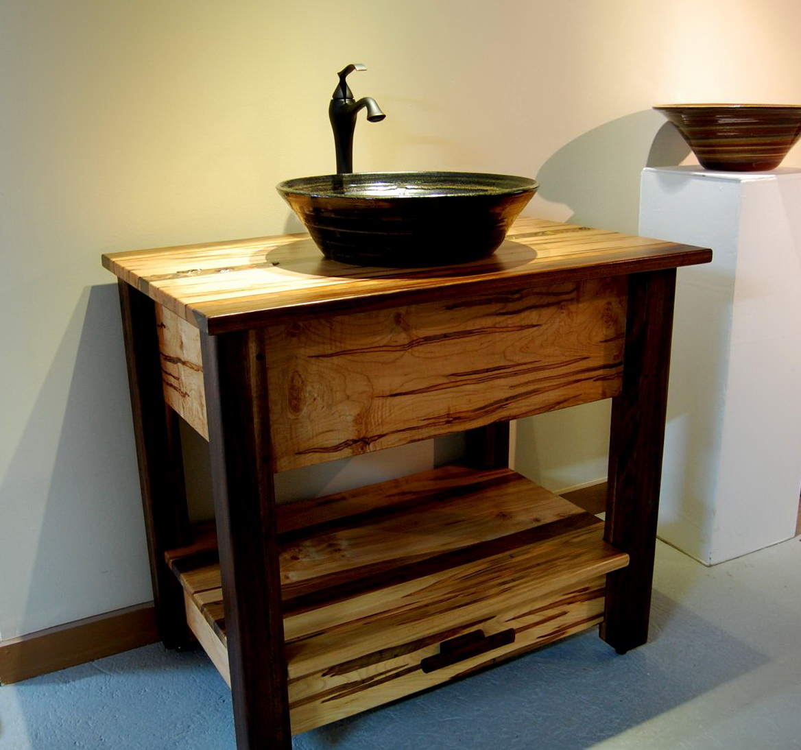 Rustic Bathroom Vanities And Sinks