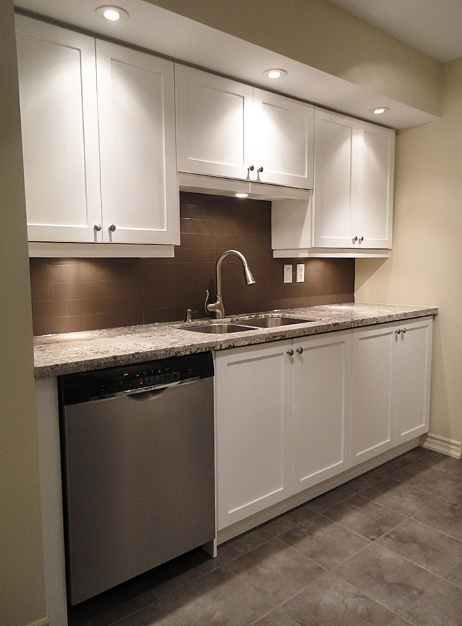 Shaker Style Cabinets White