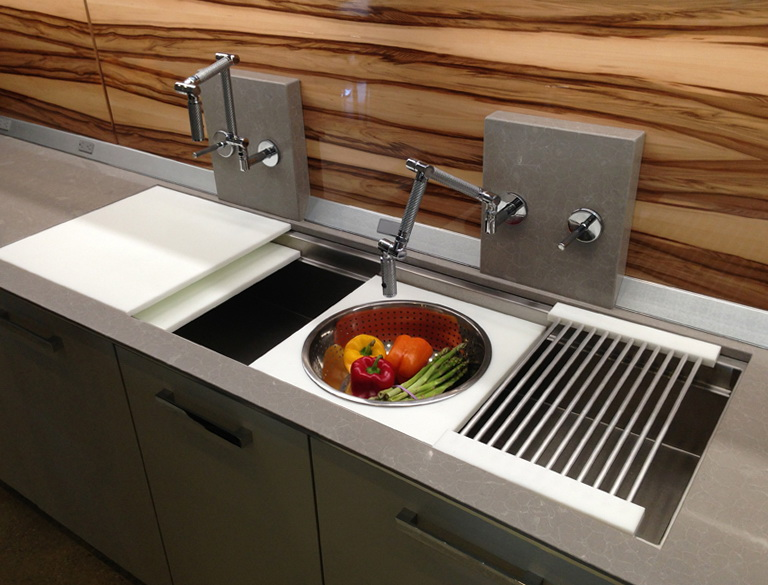 Stainless Steel Kitchen Sinks With Cutting Board